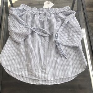 NWT H&M off the shoulder top